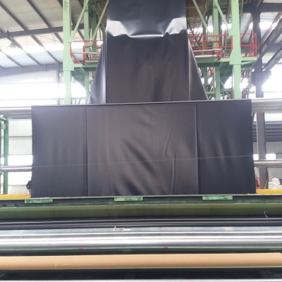HDPE土工膜设备