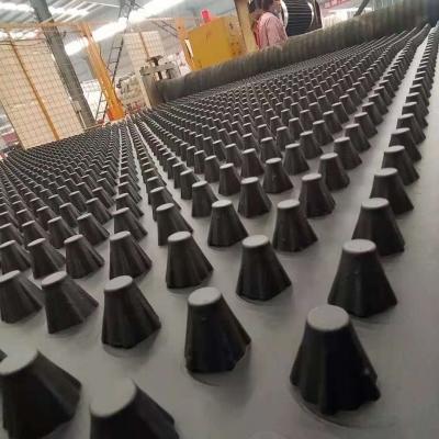聊城14公分车库顶板凹凸排水板厂家供应